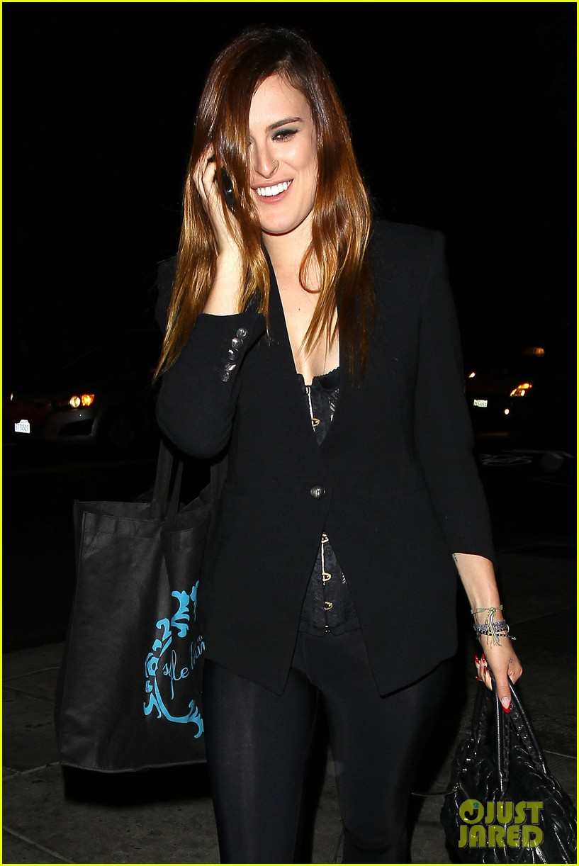 rumer willis performs at sayers club after pll guest spot 042920960