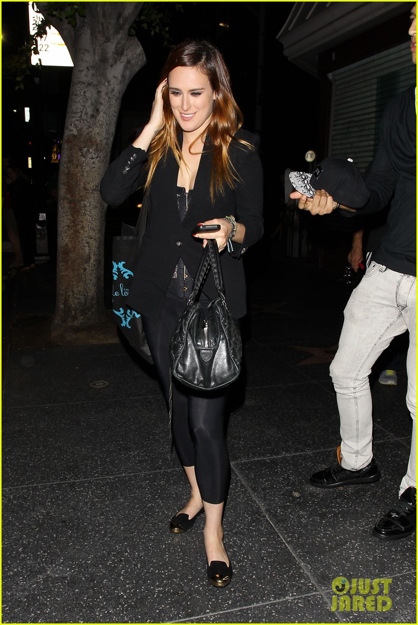 rumer willis performs at sayers club after pll guest spot 082920964