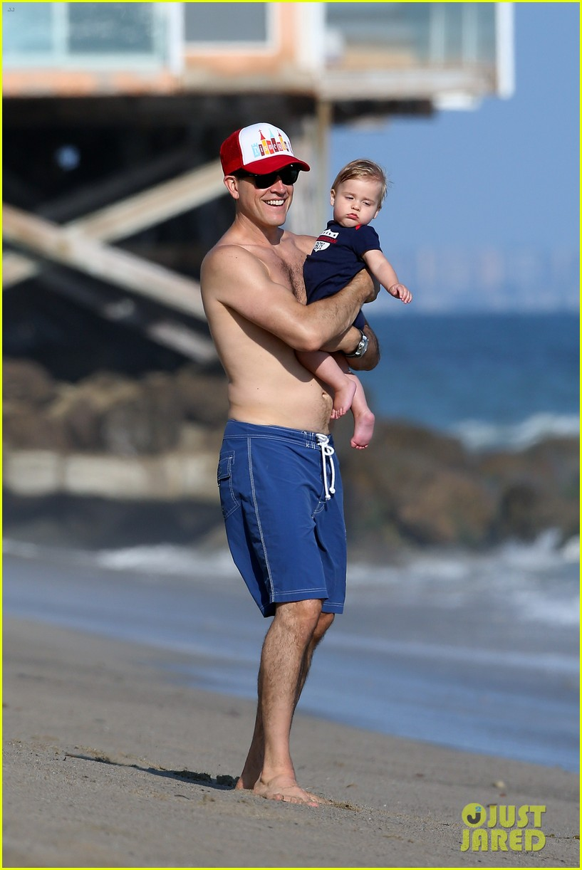 reese witherspoon beach holiday with jim toth tennessee 152904144