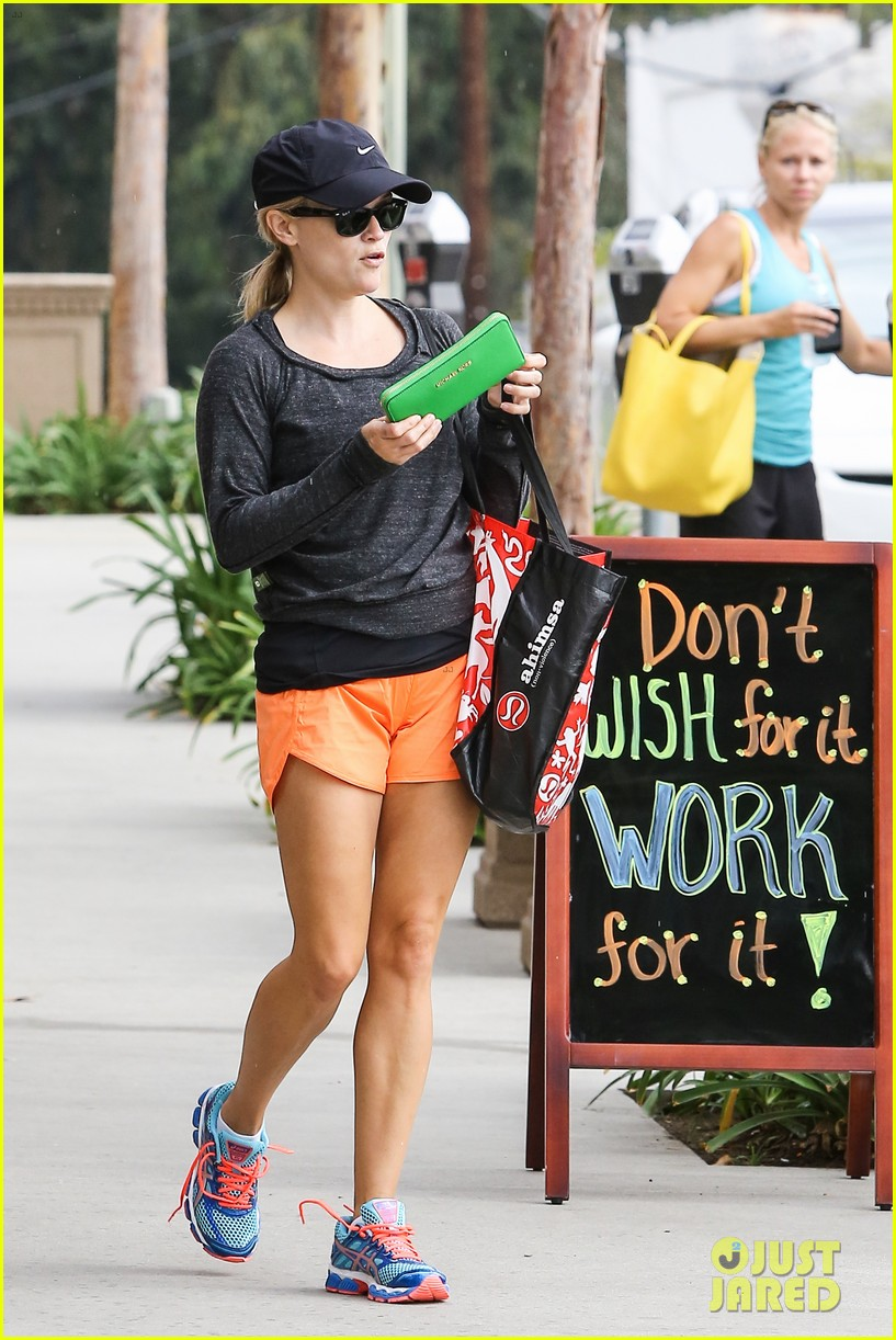 reese witherspoon takes car of business in beverly hills 062917632
