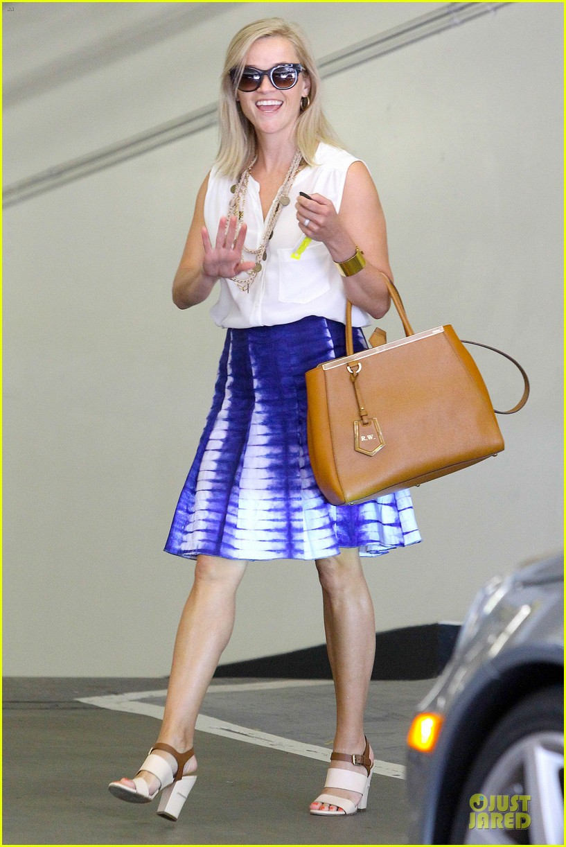 reese witherspoon excited to bring wild to big screen 102915382