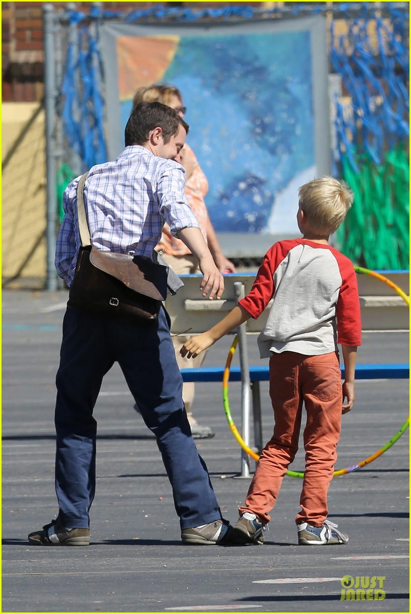 elijah wood first day of shooting cooties 082910160