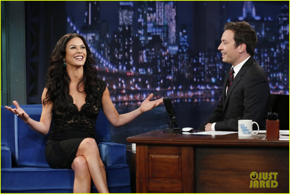 catherine zeta jones late night with jimmy fallon appearance 042911325