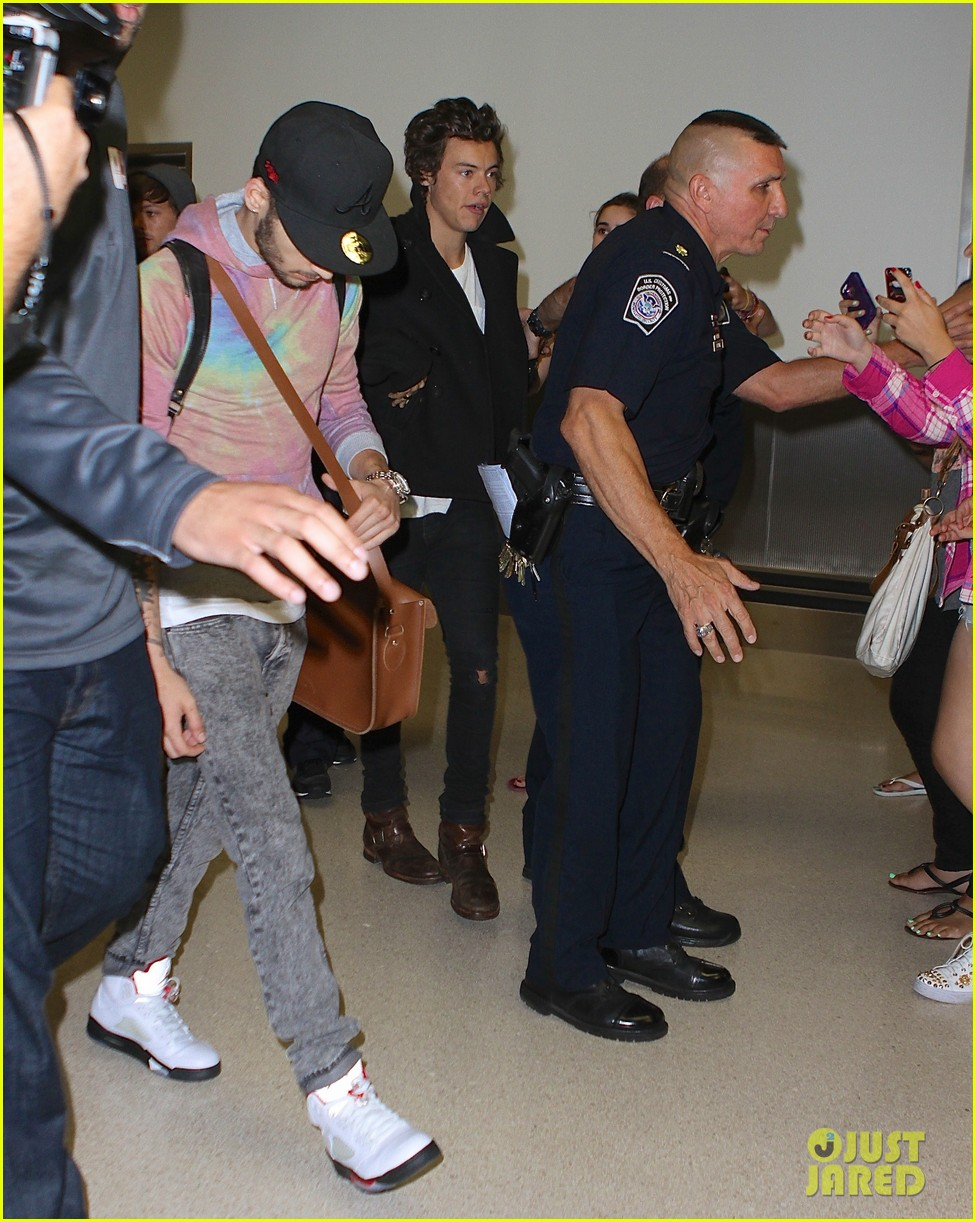 one direction newark airport arrival before today show 022935724