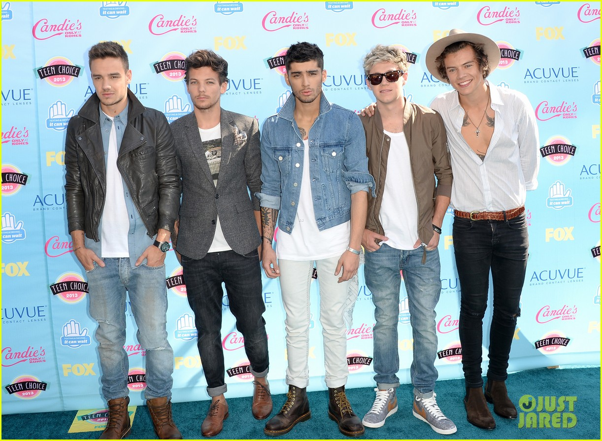 one direction teen choice awards 2013 red carpet 012928000