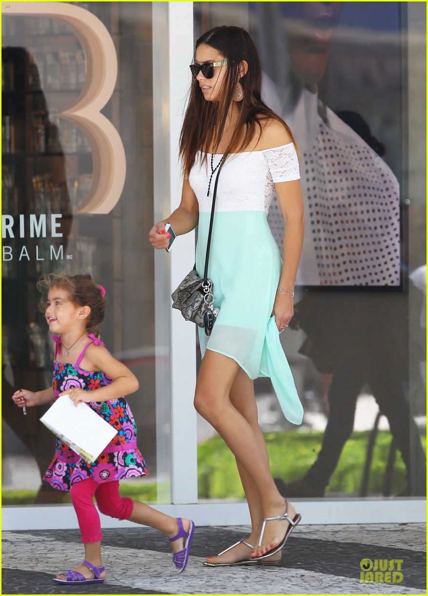 adriana lima family lunch with valentina sienna 052929626