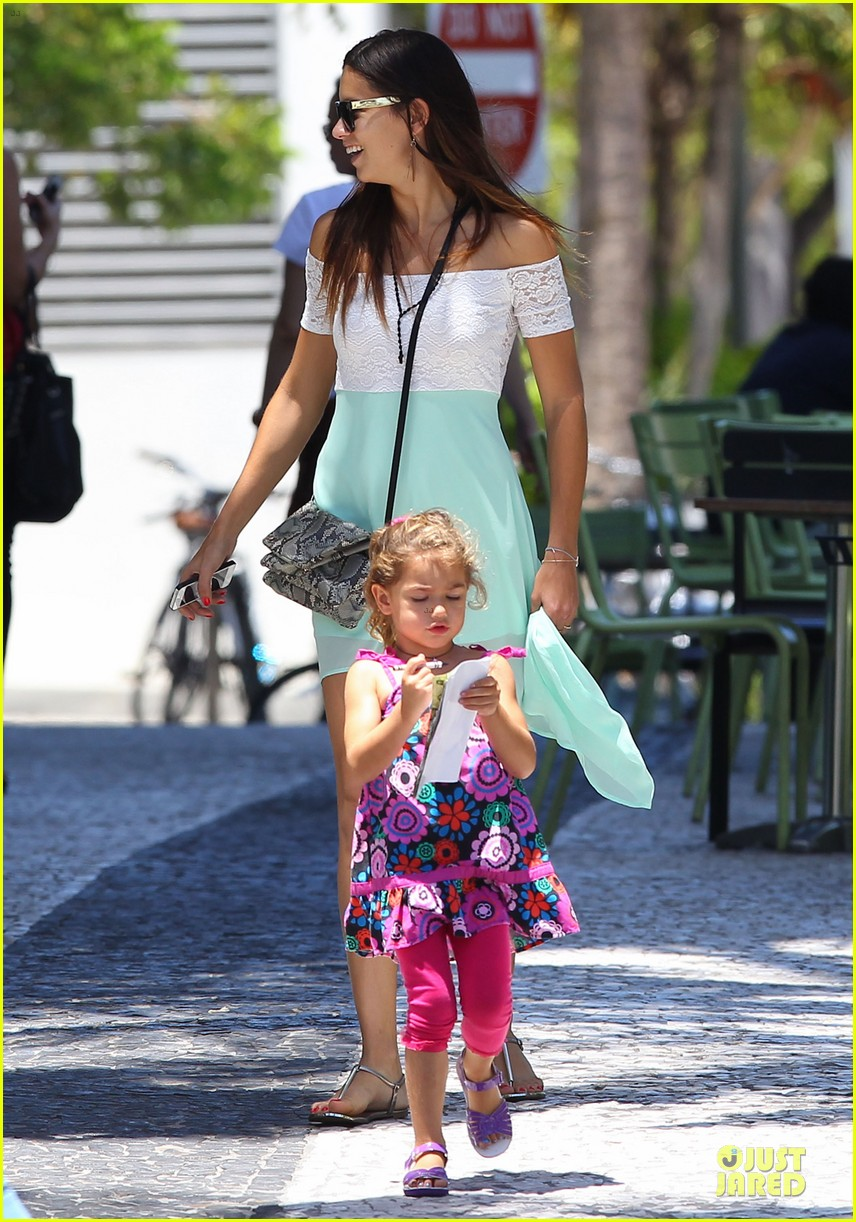 adriana lima family lunch with valentina sienna 072929628