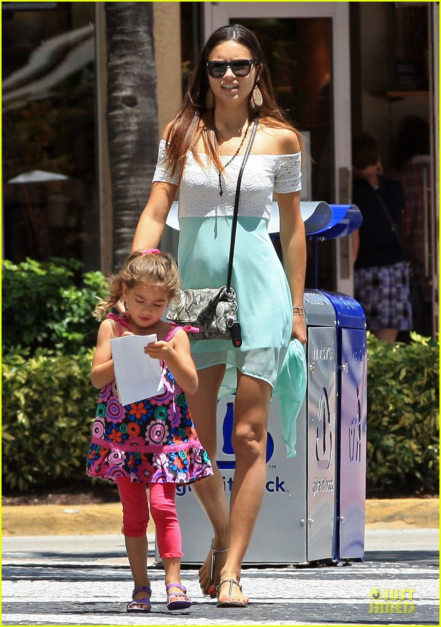 adriana lima family lunch with valentina sienna 232929644