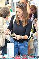 ben affleck jennifer garner family farmers market trip 28