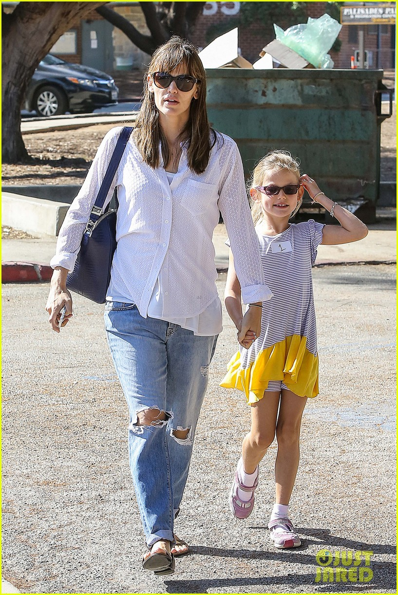 ben affleck spends day with family after batman casting news 062938197