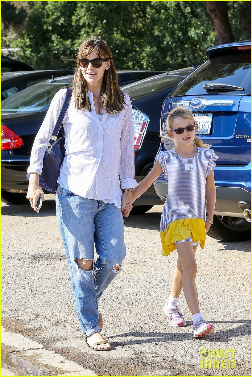 ben affleck spends day with family after batman casting news 072938198