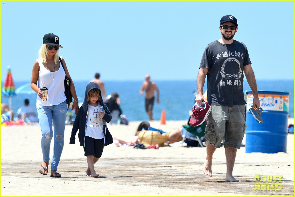 christina aguilera hits the beach with jordan bratman max 132928716