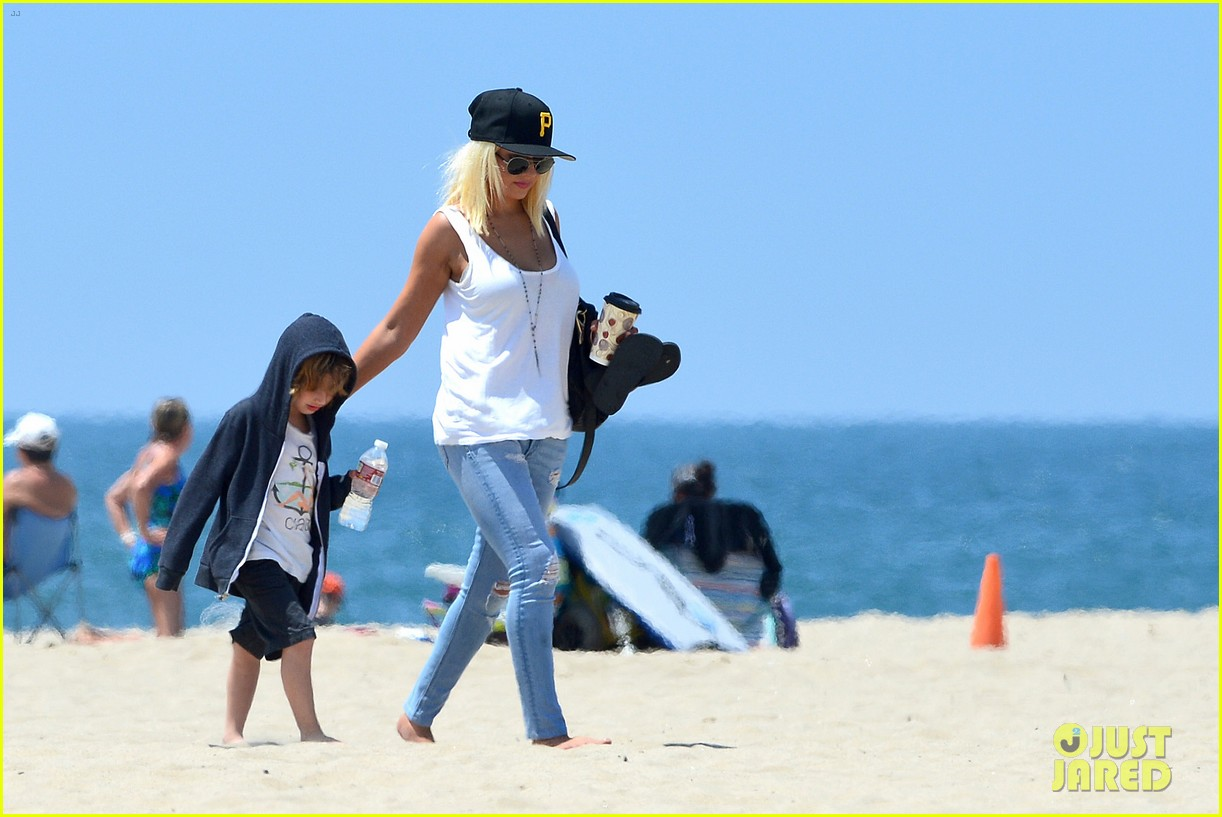 christina aguilera hits the beach with jordan bratman max 272928730