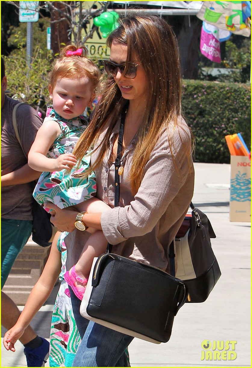 jessica alba honor haven wear matching outfits 022923170