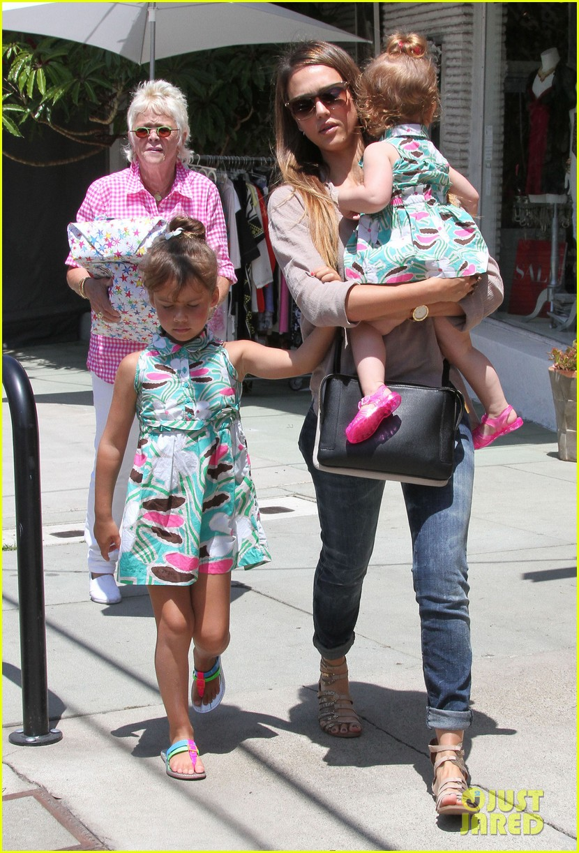 jessica alba honor haven wear matching outfits 232923191