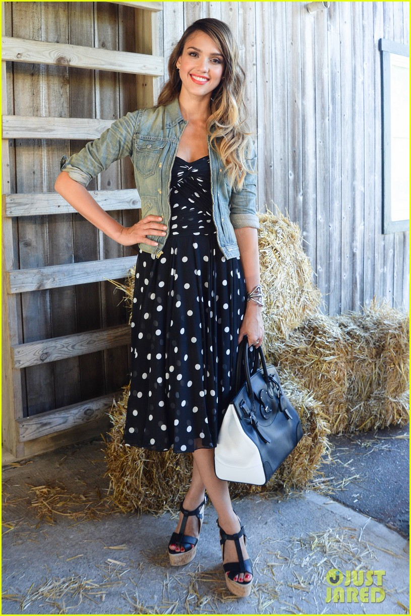 jessica alba ralph laurens day at the stables 092925370