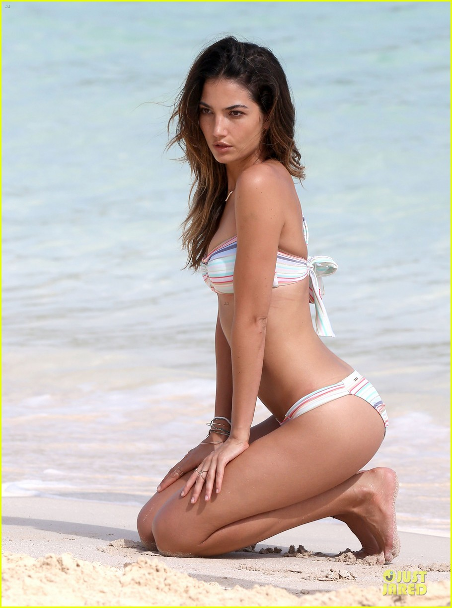 lily aldridge sexy bikini babe in st barts 09