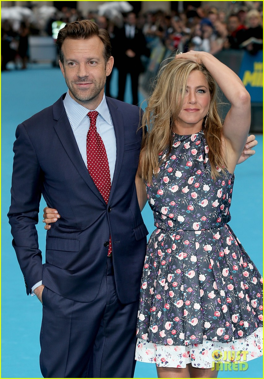 jennifer aniston were the millers european premiere with jason sudeikis 162930166