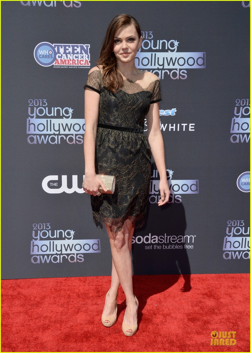 annasophia robb christa b allen young hollywood awards 2013 red carpet 05