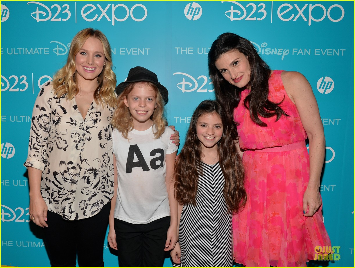 kristen bell idina menzel frozen at disney d23 expo 192926933