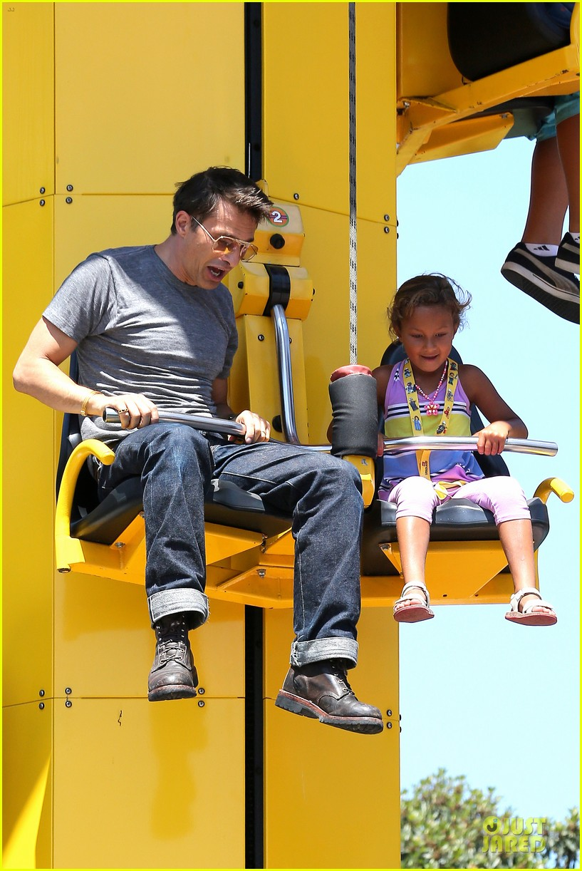 halle berry olivier martinez legoland with nahla 022934126