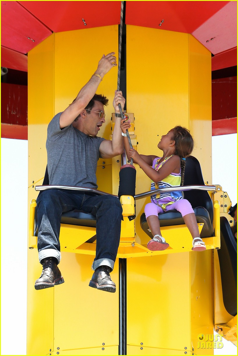 halle berry olivier martinez legoland with nahla 092934133