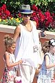 halle berry nahla universal studios hollywood fun 02