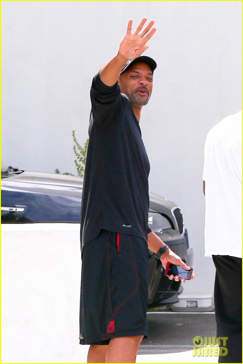 justin bieber hangs with his uncle will smith 082933083