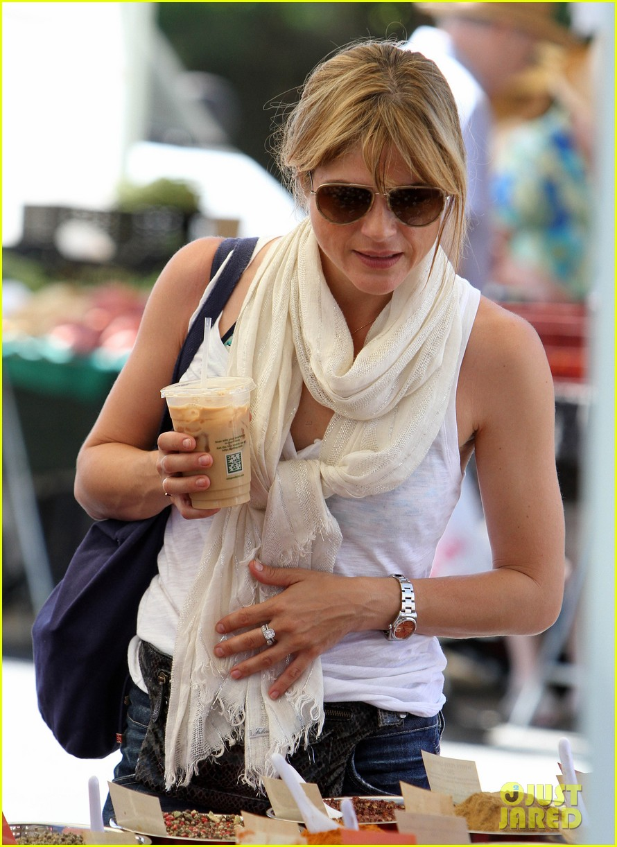 newly blonde selma blair i wish i was a great cook 112933160