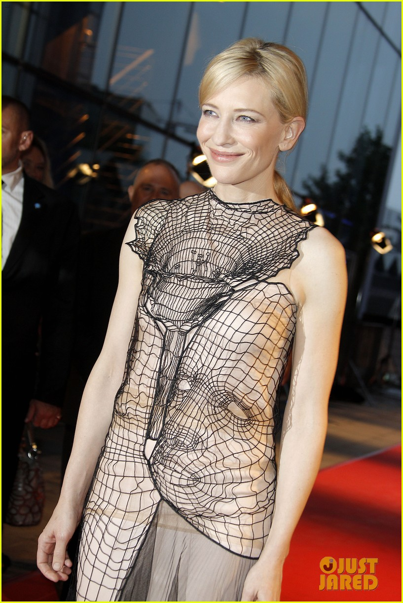 cate blanchett blue jasmine paris premiere with woody allen 112939291