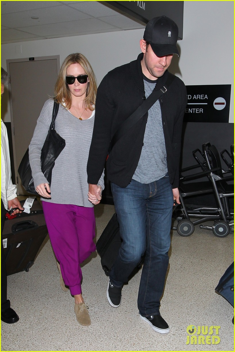 emily blunt john krasinski hold hands for lax landing 072940467