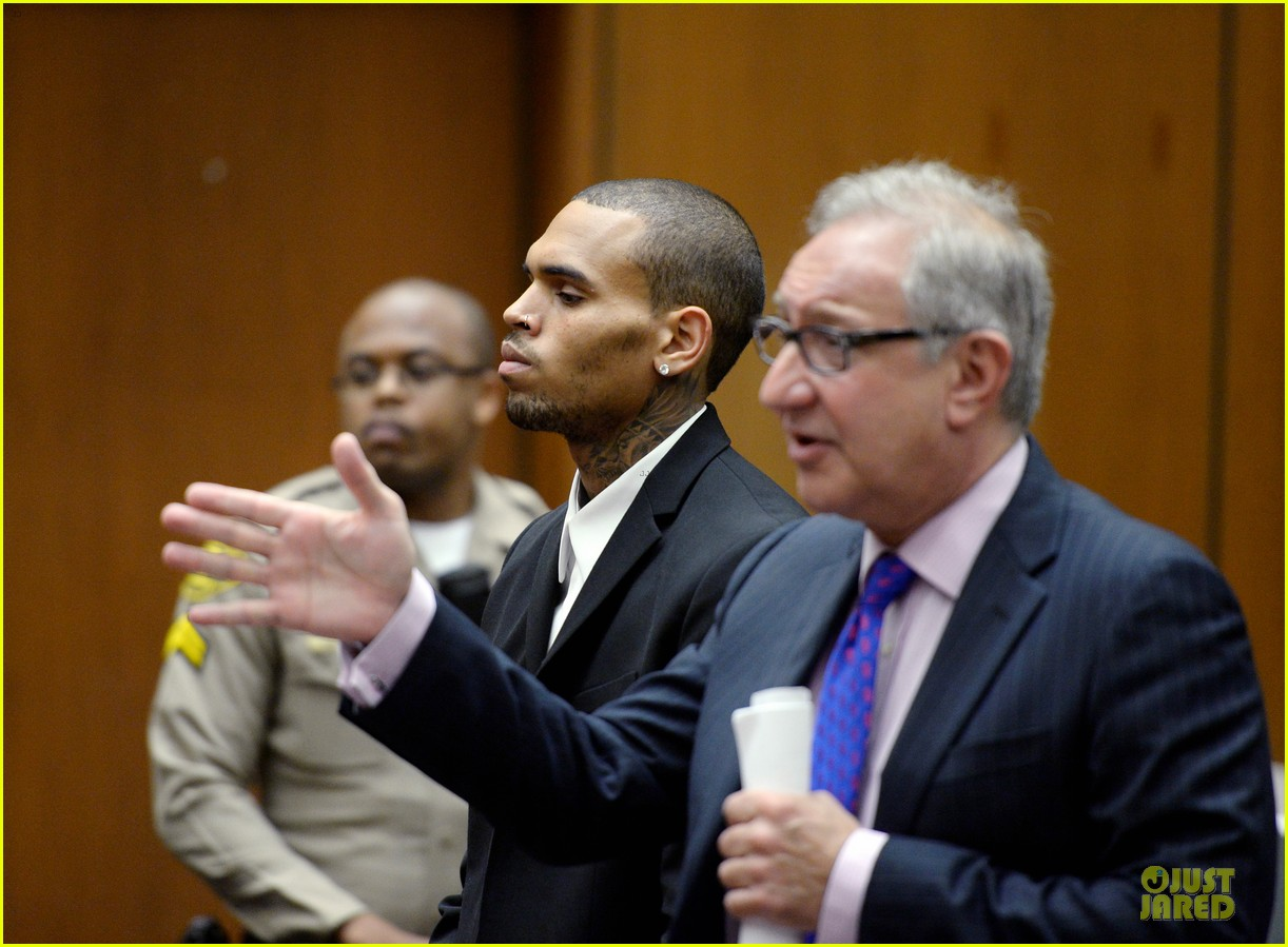 chris brown sentenced to 1000 hours of community labor 062931664
