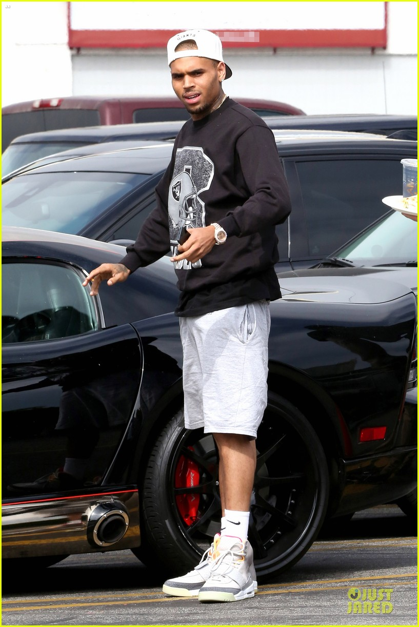 chris brown shoots love more music video 062922571