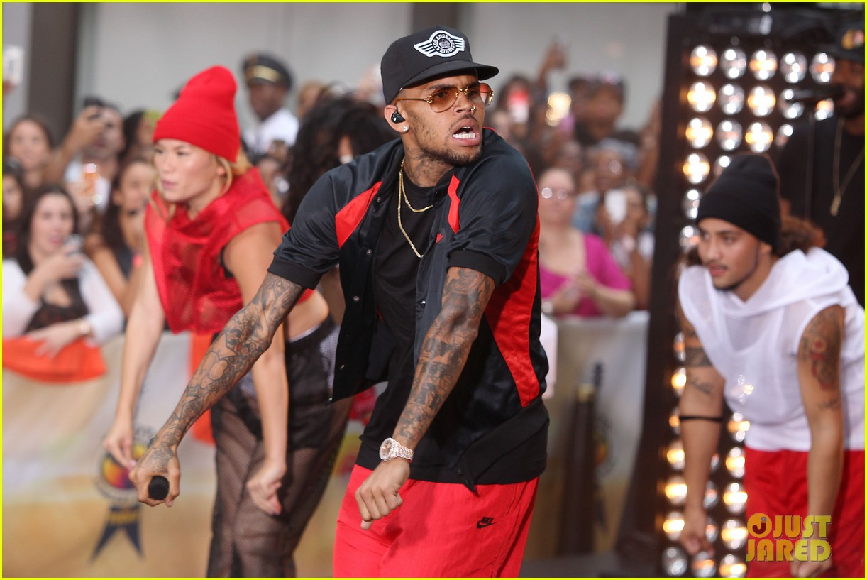 chris browns today show appearance ill keep working for my fans 012940625