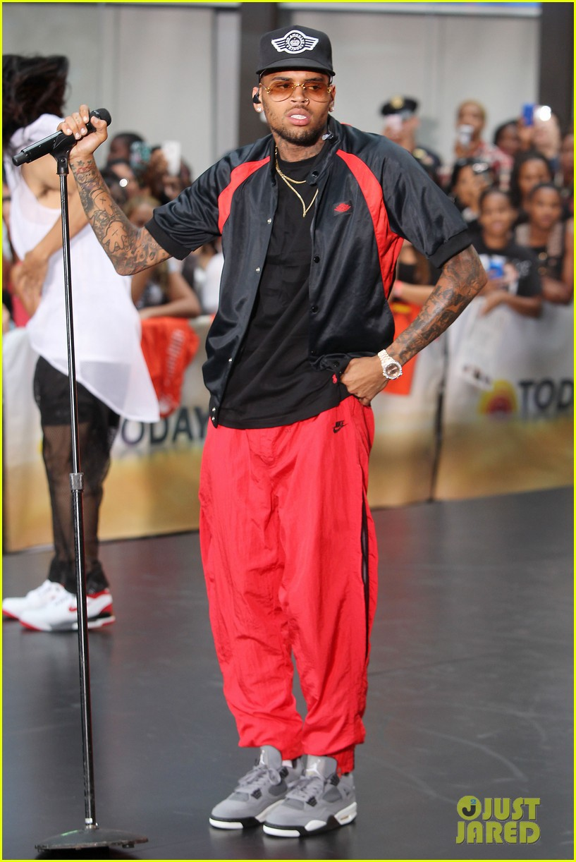 chris browns today show appearance ill keep working for my fans 022940626