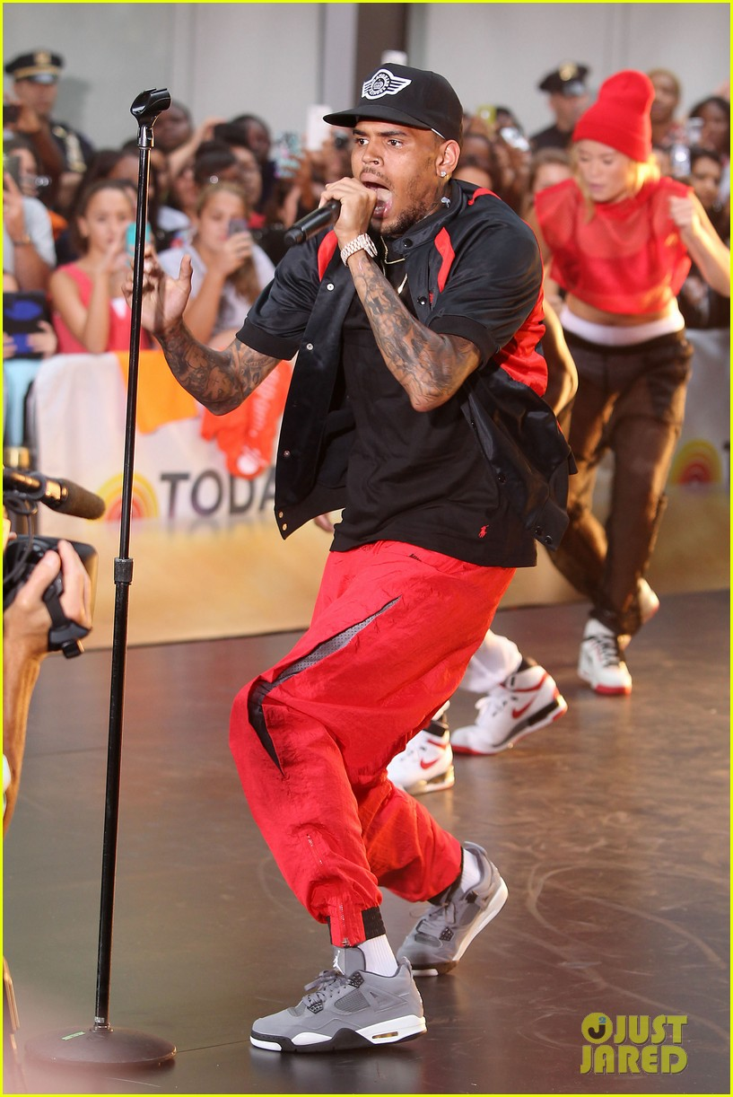 chris browns today show appearance ill keep working for my fans 042940628