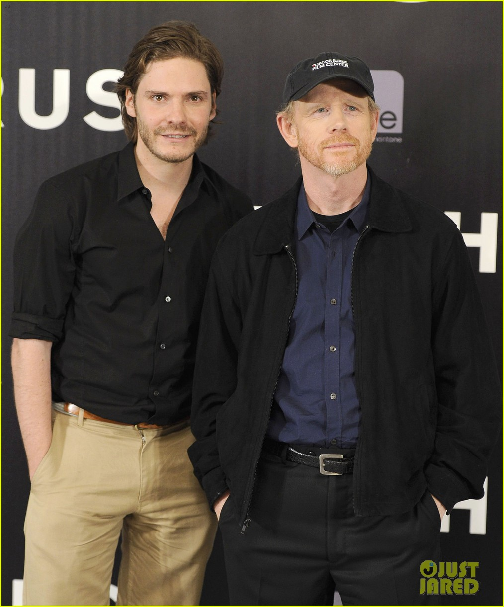 daniel bruhl rush madrid photo call with ron howard 122933502