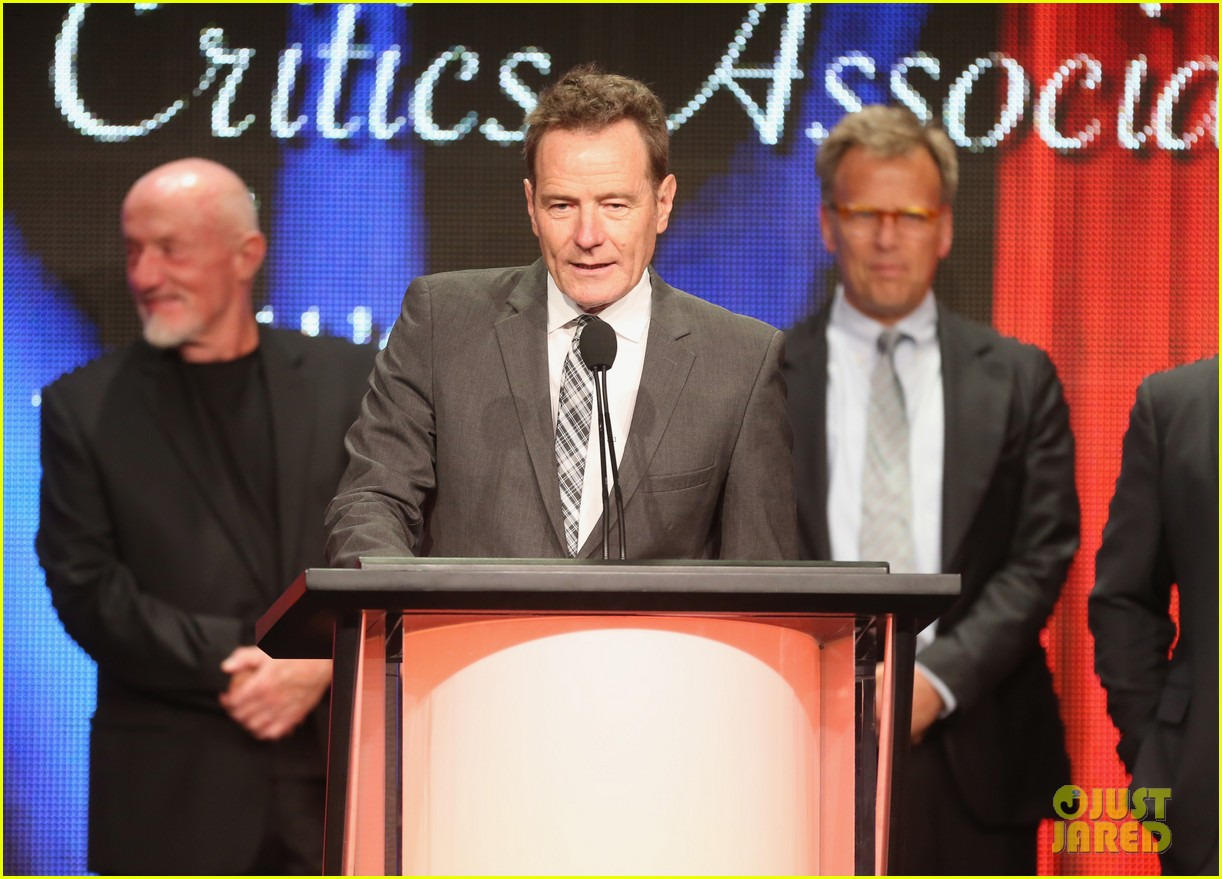 bryan cranston breaking bad wins program of the year tca awards 2013 032923293