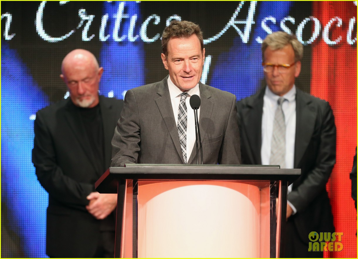bryan cranston breaking bad wins program of the year tca awards 2013 102923300
