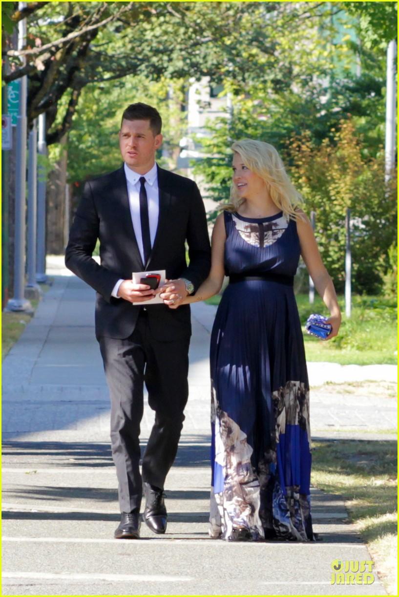 michael buble lusiana lopilato vancouver wedding couple 072928960