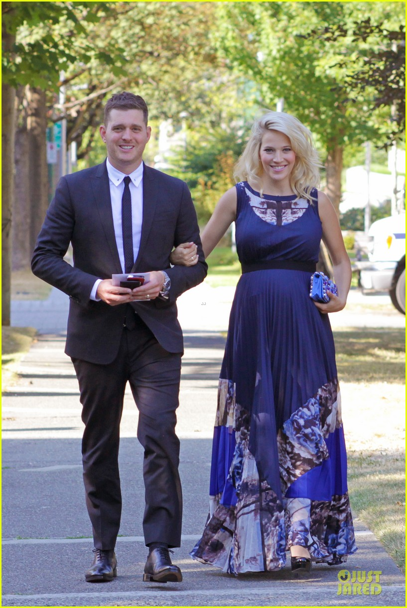michael buble lusiana lopilato vancouver wedding couple 162928969
