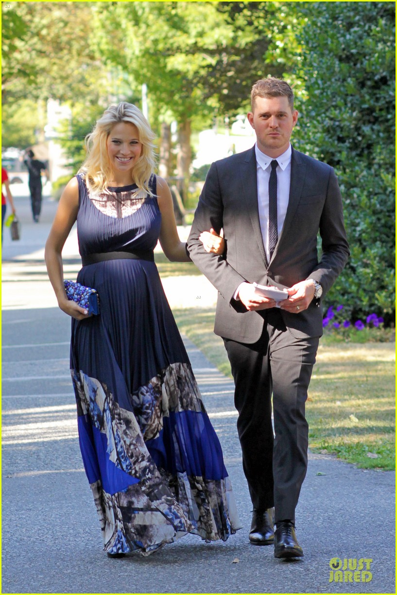 michael buble lusiana lopilato vancouver wedding couple 172928970