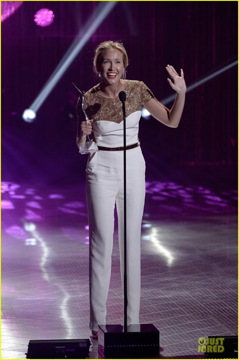 anna camp michael mcmillian at young hollywood awards 102921817