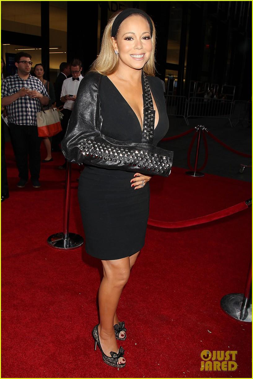 mariah carey wears arm sling to butler new york premiere 082924344