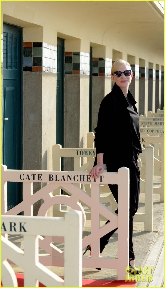cate blanchett blue jasmin deauville premiere 222941347