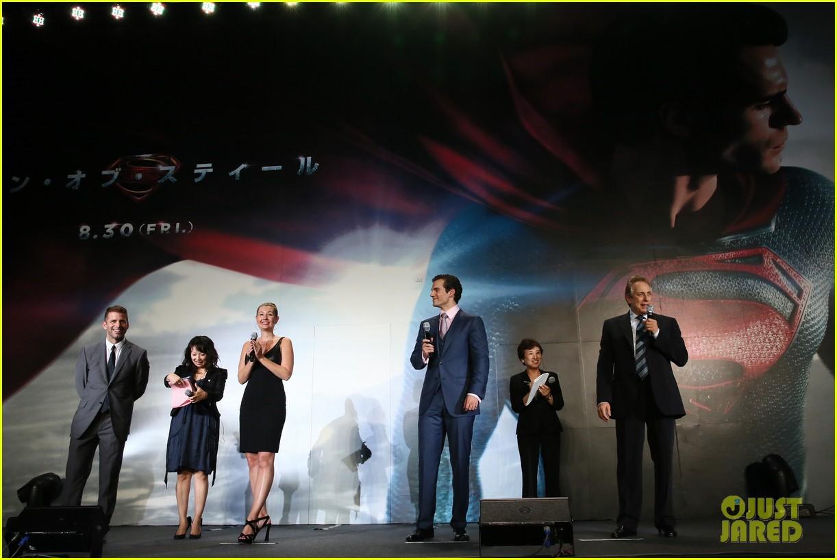 henry cavill man of steel japan premiere 122934652