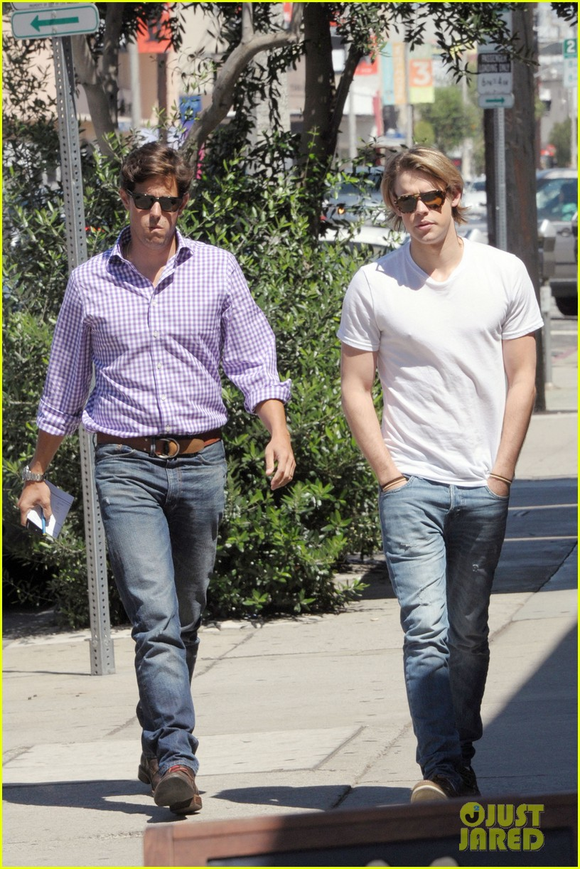 chord overstreet lunches after glee begins filming 042925436