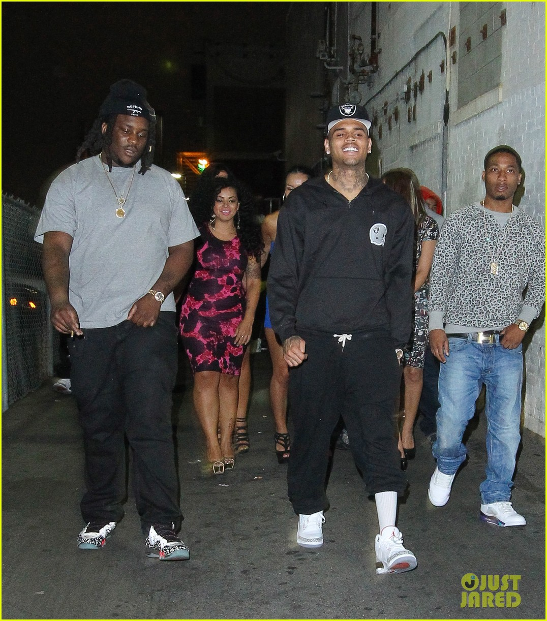chris brown night out following love more video shoot 062923378