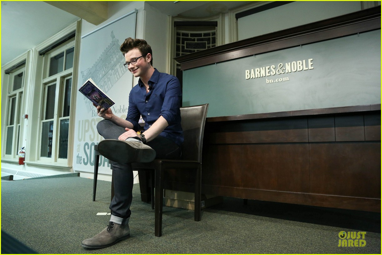 chris colfer land of stories the enchantress returns book event 122924684