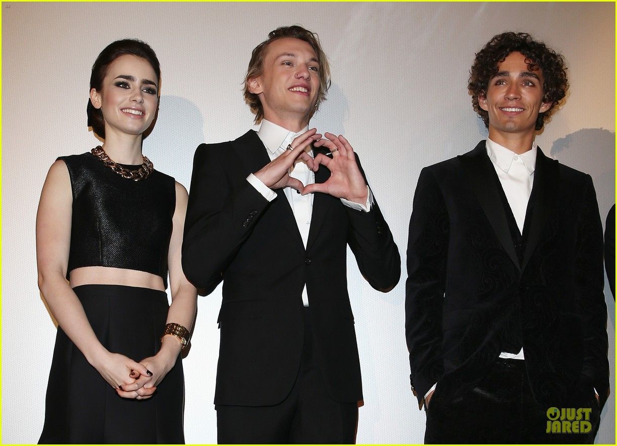 lily collins jamie campbell bower city of bones berlin premiere 042934354